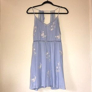 Small En Creme Periwinkle Blue Lace Strappy Dress